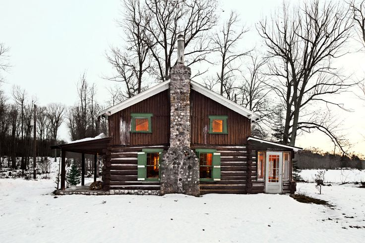25 best ideas about old cabins on pinterest cabins and for Country cabin christmas