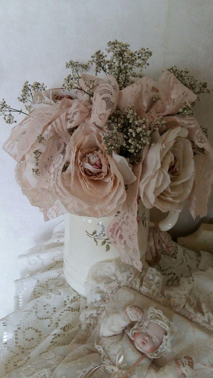 Papieren rozen gemaakt...Nelleke Verkouter