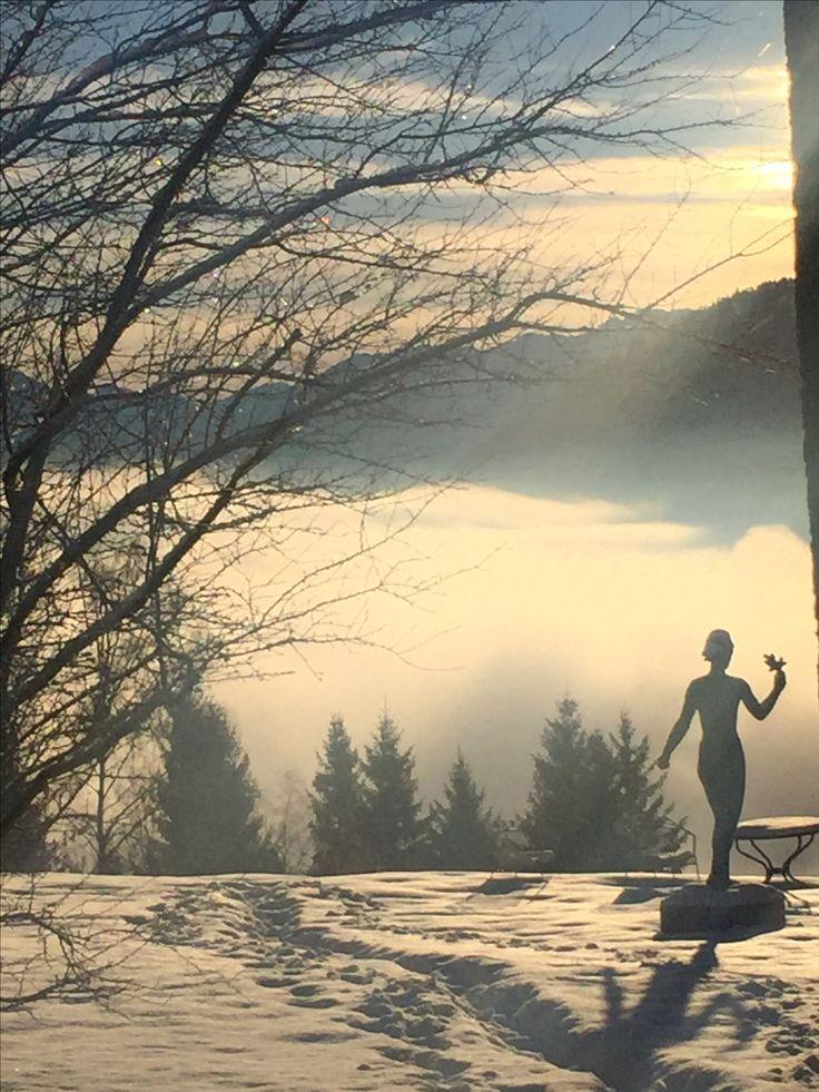 Vor dem Meditieren musste ich mir unbedingt noch ein paar sehr schöne winterliche Eindrücke vor die Kamera holen 💖💥❤️💥. . . . .  #erkennedichselbst #erkennedeinewerte #berufungscoaching #berufungsberatung #allgäuliebe #coachlifestyle