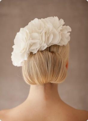 wedding silk flower Grace - www.bellejulie.de