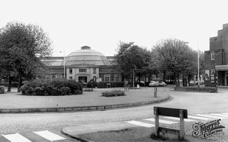 Curzon baths. In the 1950s this was called Urmston Baths and the Cinema was called the Curzon
