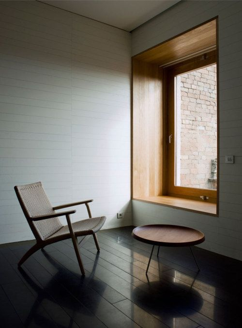 I crave for a big, bold geometric bay window too. Atrium Relais Chateaux, mansilla + tunon arquitectos.: Relai Chateaux, Modern Bathroom Design, Tuñón Arquitecto, Wood Window, Brick Houses, Bathroom Interiors Design, Deep Window, Window Seats, Window Frames
