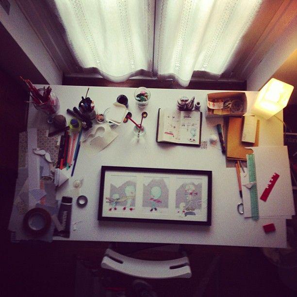 Work space.  Illustration for Giulia by Eva Escoms Estarlich.   Photo by Federico Vozzi