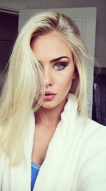 Image via We Heart It #adore #beautiful #beauty #blonde #body #brunette #city #classy #cute #eyebrows #fashion #fit #games #girl #glamour #gorgeous #hair #love #lovely #luxe #luxury #makeup #norway #rich #sexy #skinny #style #vogue #model #amaliesnolos