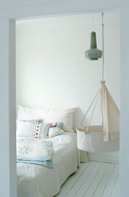 Hanging Baby Cot