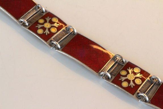 Bernard Meldahl. Armbånd i sterling sølv, med emalje. Vintage