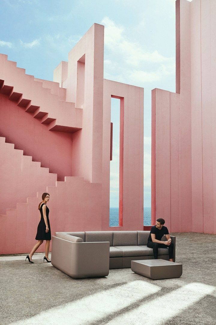 Vela outdoor collection: pure geometries, sleek lines
