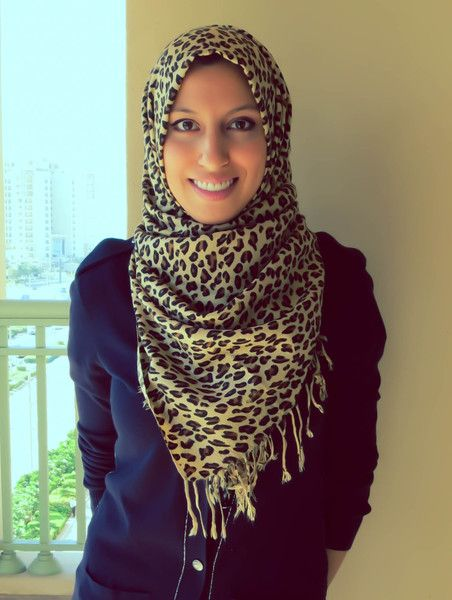 Let your hijab double as a neck scarf..  (Scarf-styling by @HauteHijab : How to wear neck scarves with hijab)