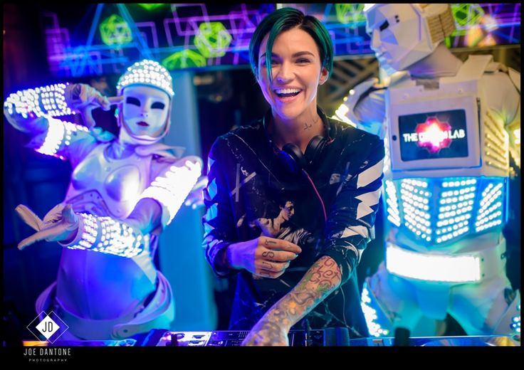 A Sweet 16 birthday party with celebrity guest DJ, DJ Ruby Rose that I shot a couple months ago at Shadowbrook at Shrewsbury in NJ. Ruby Rose was amazing to hang with and was all about taking selfies with the kids and guests. Amazing night, click image to go to the blog post for more Ruby Rose images!