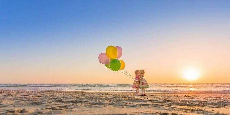 Post #: Bom dia amigos, Uma palavra gentil pode mudar completamente o dia de alguém.Deus pediu para te falar isso:Ei,desiste não.Se tá difícil,é porque vale a pena.Excelente sexta-feira à todos..