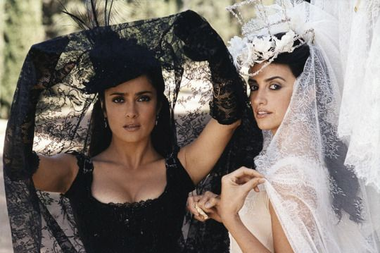 Penelope Cruz and Salma Hayek...they're right next to each other and i'm still having trouble telling them apart
