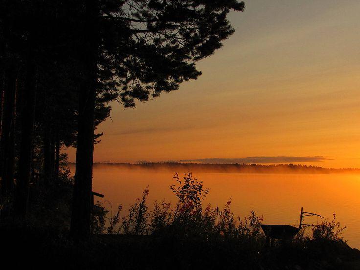 Lake Simojärvi in July. Sun rises 03.00 AM.
