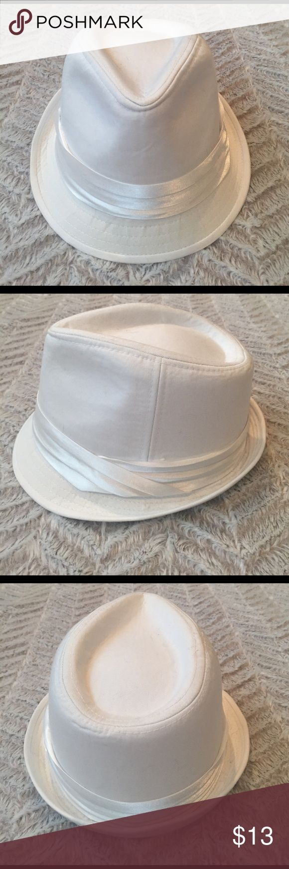 Arden B. Women's fedora hat This gorgeous white fedora hat was worn once and there is a some makeup stains on the inside lining. Otherwise this hat is in perfect condition on the outside. This is the perfect hat for summer! Arden B Accessories Hats