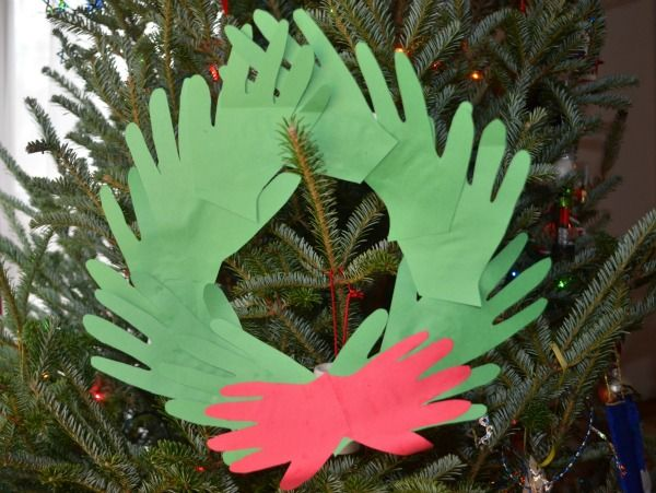 Easy Paper Plate Wreaths » The Pleasantest Thing
