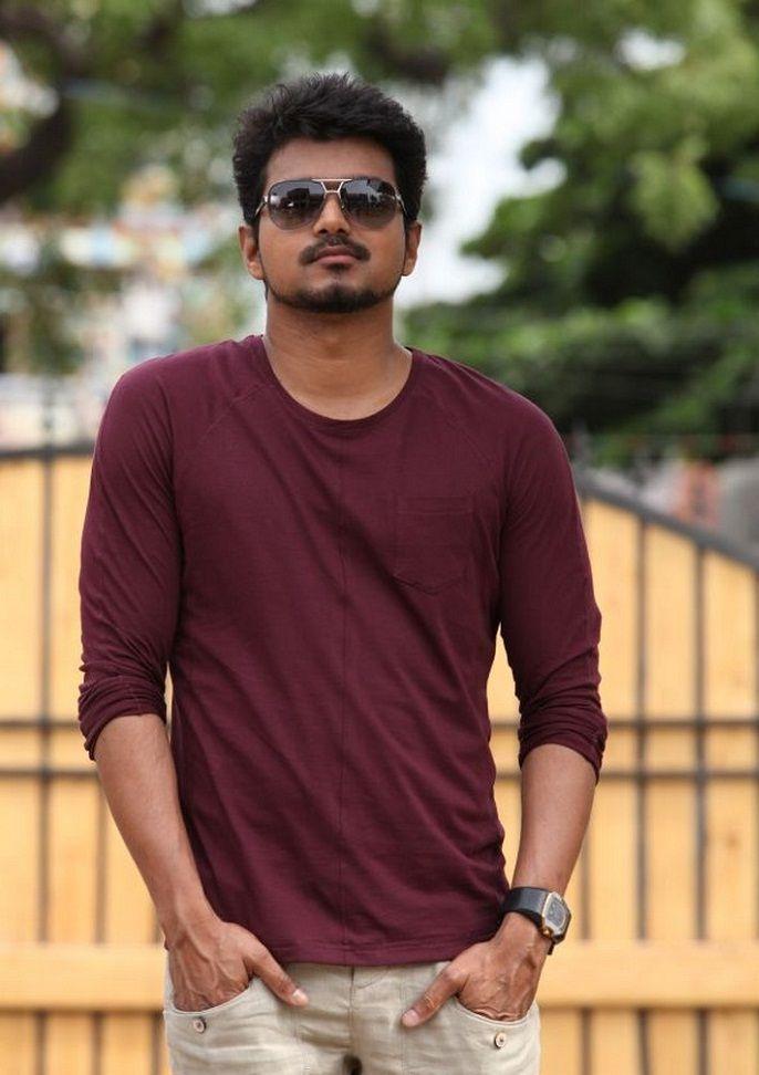 Vijay Jilla Still #IlayaThalapathy Vijay Images #Vijay #Jilla Movie