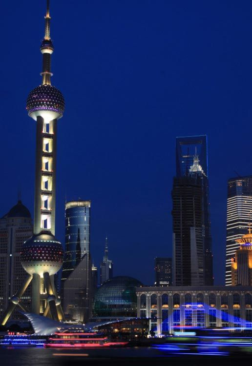The Oriental Pearl TV Tower is a popular tourist spot in Shanghai. The oriental culture is reflected in its style and architecture. The body of the tower comprises one delicate sphere that is small in size as well as two large glittering spheres.