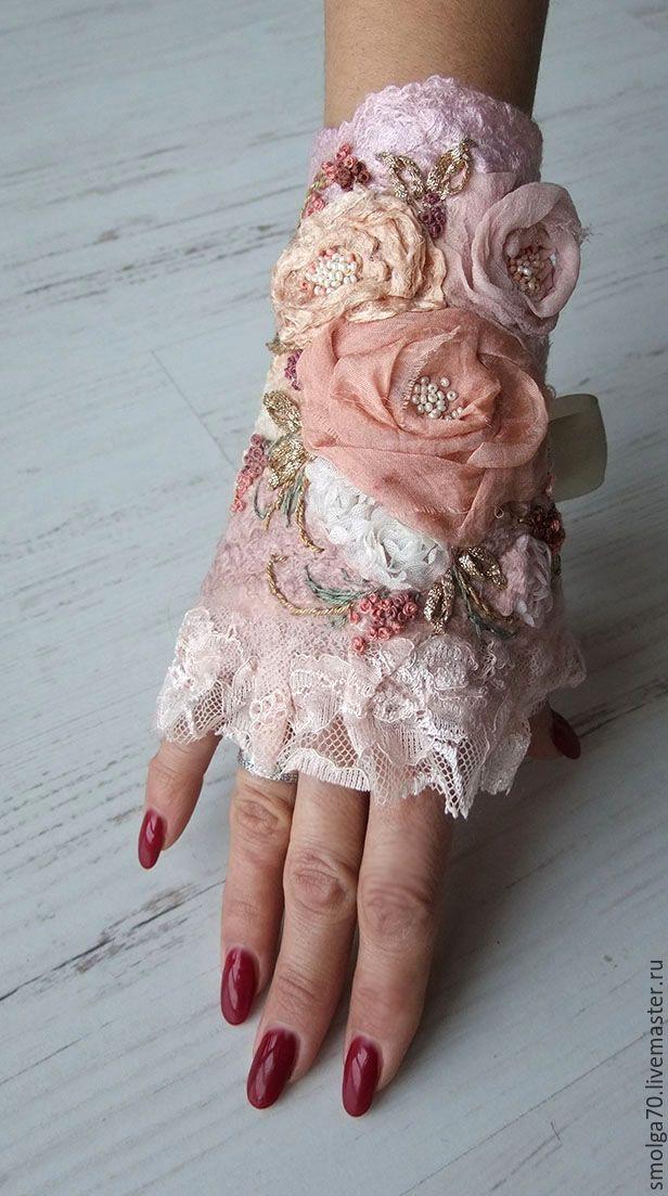 """Купить манжета """"Винтажные розы"""" - кремовый, винтажные розы, розы, нежное украшение, браслет, манжета"""