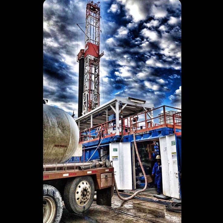 Pin by paul hernandez on rigs Oil rig, Oilfield, Rigs