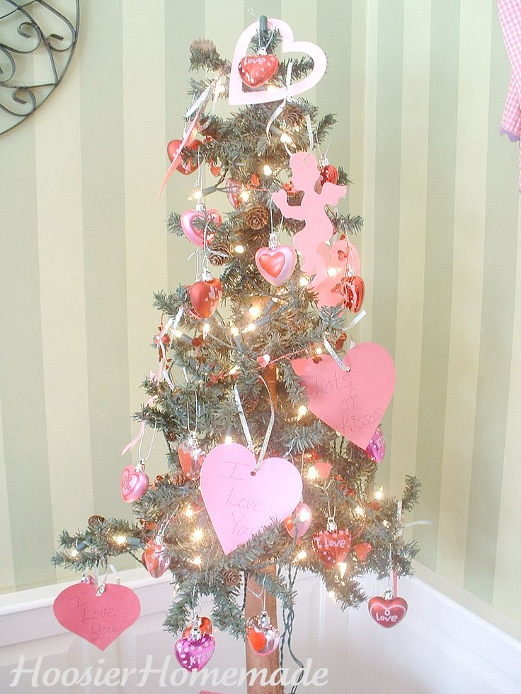 17 Best Images About Valentine 39 S Day Tree Skirt On