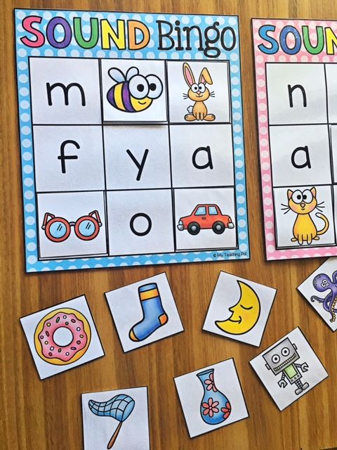 Beginning Sound Bingo!! Sound Bingo is a literacy game which allows students to identify beginning sounds in a fun and engaging way. It is a great little addition to literacy centers and/or stations. It is designed for pair-work or small groups of up to 7 students.