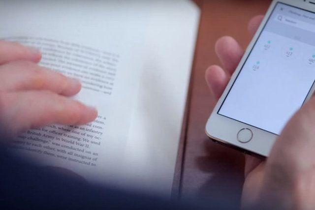 Czy możliwe jest połączenie najlepszych funkcji papierowej książki z e-bookiem? Umożliwia to polska aplikacja Booke.