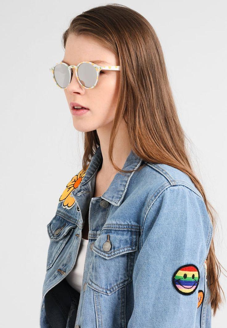 ¡Consigue este tipo de gafas de sol de Even&odd ahora! Haz clic para ver los detalles. Envíos gratis a toda España. Even&Odd Gafas de sol transparent: Even&Odd Gafas de sol transparent Ofertas   | Ofertas ¡Haz tu pedido   y disfruta de gastos de enví-o gratuitos! (gafas de sol, gafa de sol, sun, sunglasses, sonnenbrille, lentes de sol, lunettes de soleil, occhiali da sole, sol)
