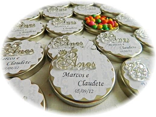 Lembrancinhas Bodas de Prata: http://www.mariadaluz.com.br/loja3.0/lembrancinhas-bodas-prata-c-62.html