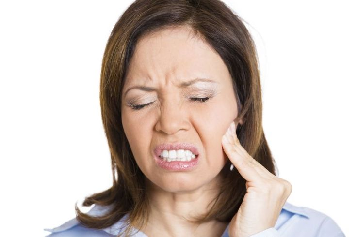 When it comes to dental problems, a toothache is probably the most common issue. It does not matter how old you are or what your gender is, anyone can end up with a toothache. Obviously, if you have severe pain,