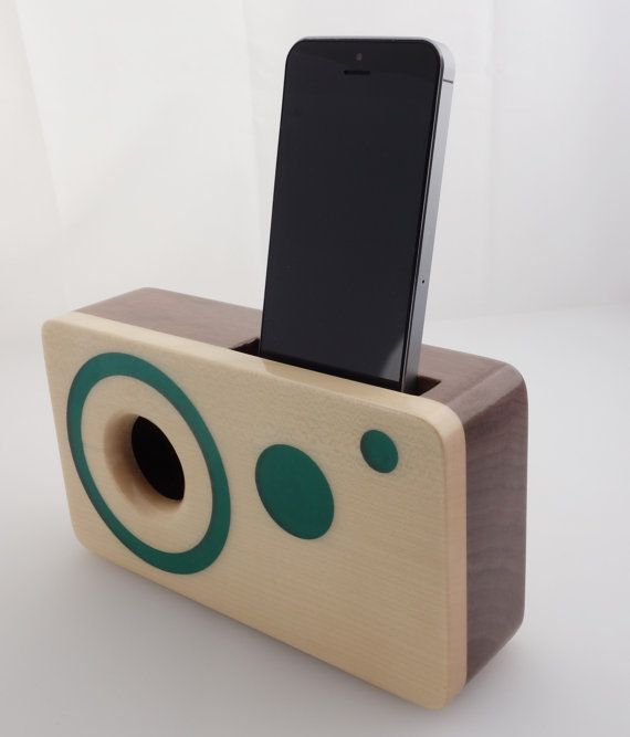 Handmade walnut wood iPhone acoustic speaker box