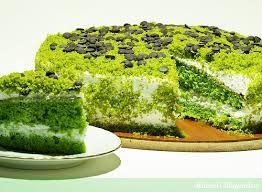 Yeme de yanında yat dedirten lezzeti ile kendinden çokça söz ettirecek Ispanaklı Pasta Tarifi