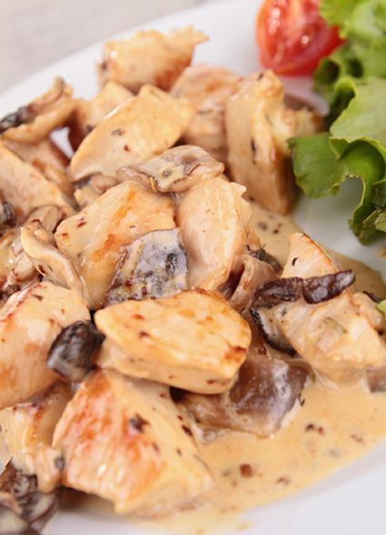 Crockpot Chicken Stew with Mushrooms and White Wine