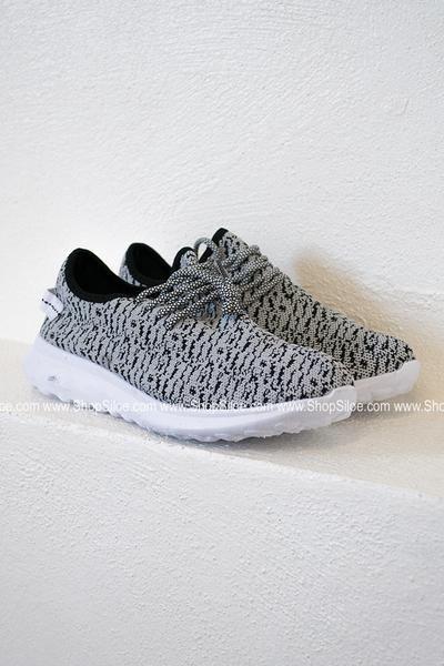 Knit Tennis Shoe #women #shoes #sneakers #knit #fashion
