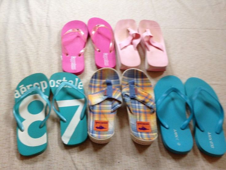 5 Pairs of Women's Flip Flops (sizes 7.5 to 9) #Unknown #FlipFlops #Beach
