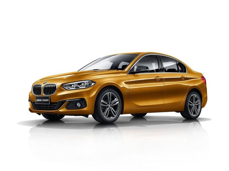 2017 BMW Series 1 Sedan : Techniquement, la BMW Série 1 Sedan est au final plus proche d'une Série 2 Active Tourer que de notre Série 1. Elle repose sur la nouvelle plate-forme UKL1, utilisée également par le X1 et le Mini Clubman. Il s'agit donc de la première BMW Série 1 à traction avant, une architecture qui sera reprise en Europe sur la prochaine génération de la Série 1 trois et cinq portes.