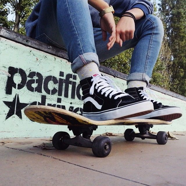 Sk8-Hi's and skateboards. Photo via sanjeye.silva