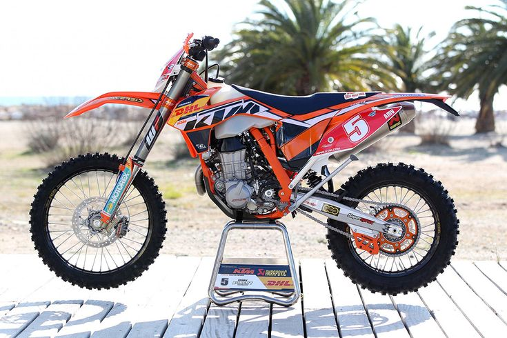 72120 Johnny Aubert  5 2013	 KTM Enduro Team Shooting