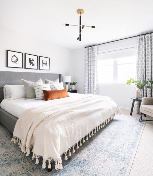 作りこみすぎないラフさが魅力 海外の ベッドルーム インテリア Folk 2020 ベッドルーム インテリア インテリア ベッドルーム