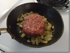 How To Pan Fry Hamburgers. Didn't know there was a right and wrong way to do this.