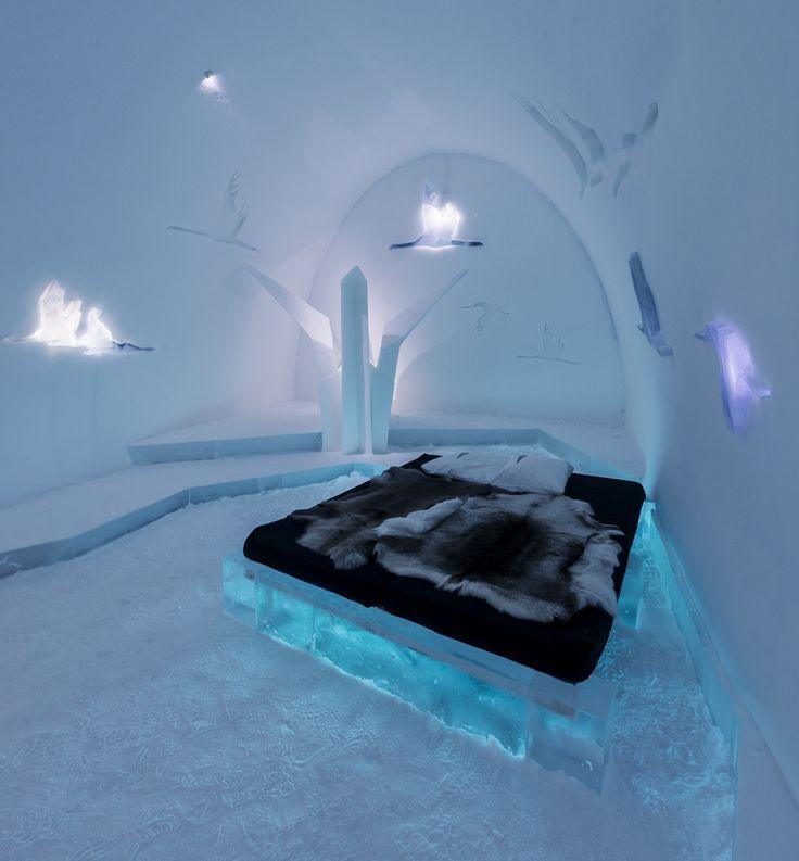 Великолепный ледяной отель ICEHOTEL в Юккасъярви (описание этого удивительного отеля - http://destads.ru/?p=9565)