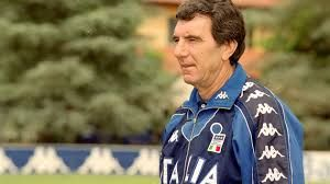 Lilian Thuram Ungkap Ending Juventus Di Liga Italia – Lilian Thuram merupakan mantan pungawa Juventus di tahun 2001-2006. Dari itu Thuram pun memberikan sedikit dukungan untuk Nyonya Tua.