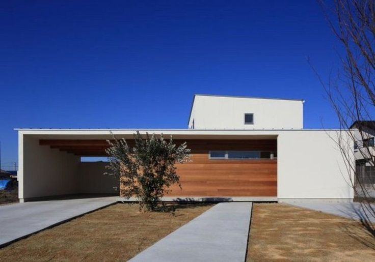 の建築事例。SuMiKaは、自分らしく好きに暮らしていくための継続的な家づくりをサポートします。専門家・建築家を募集し、ゼロから設計を依頼することもできます。