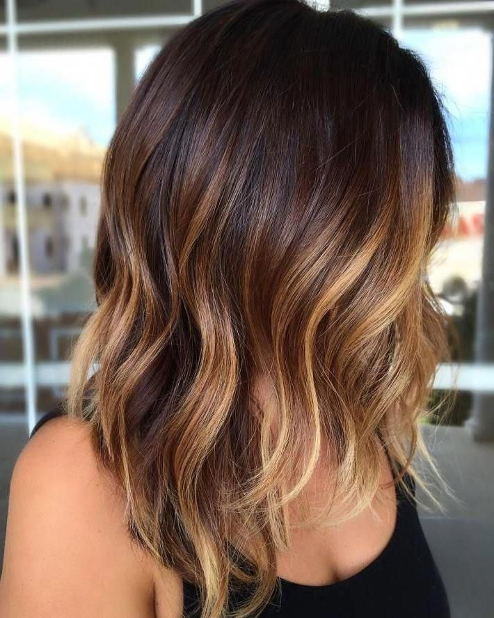 28 Incredible Examples of Caramel Balayage on Short Dark Brown Hair, Caramel Balayage on Short Dark Brown Hair Recently, most famous lopped off their brown hair locks and opted for a short dark brown hair. You cannot e..., Hair Color #shorthairbalayage