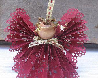 Ángel de encaje Borgoña papel, ornamento del árbol, Ángel de cinta de papel, Navidad del árbol de ornamento, decoración del árbol, arándano, victoriano Ángel SnowNoseCrafts