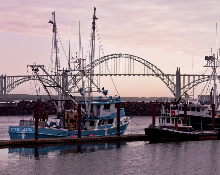 8 best images about rjephotos on pinterest crater lake for Newport oregon fishing