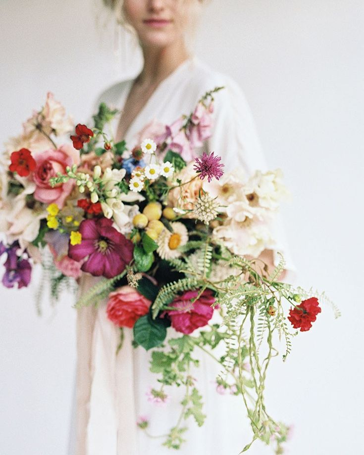 """327 mentions J'aime, 6 commentaires - Tanya Shaw (Oh Flora) (@ohflorastudio) sur Instagram: """"Come hang out with me in Italy!  This coming August I'll be heading to @puscinaflowers in Tuscany…"""""""