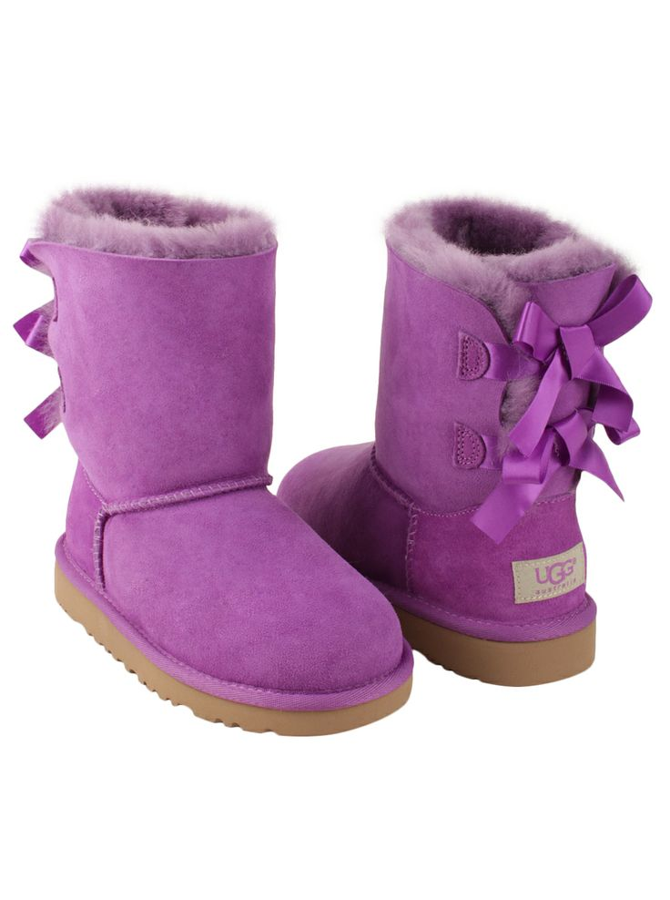 Keep your little one adorably cozy in a pair of Bailey Bow boots! #designerstudiostore #holidaygift #giftforkids