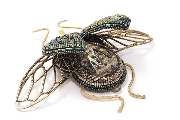 """""""Lepidoptera"""" pin by Finista on biser.info. Remarkable piece with wired beads, lampwork, embroidery and wirework. More views on the page."""