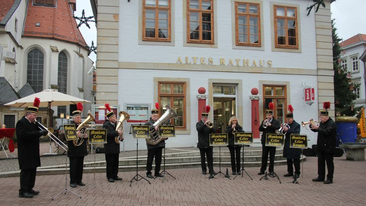 Die Eröffnung wurde von dem Musikzug Celler Knappen, musikalisch begleitet.
