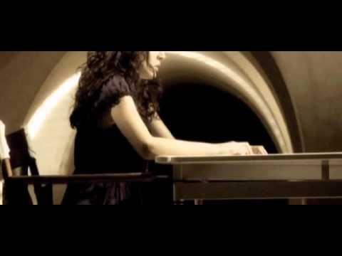 Dimos Anastasiadis - Esy (Video)