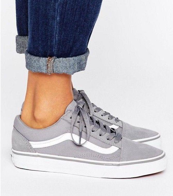 9e187577dff SapatosAdidas Super StarSuperastro Adidas BrancoAdidas ShoesCalça As SapatilhasAdidas  De ModaMulheres AdidasAcentos Do OuroAdidas Originals